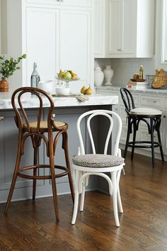 History of Thonet Bentwood chair