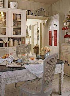 Fifi O'Neill's kitchen