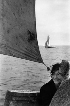 Couple on sailing trip from Chiloe island to Puerto Montt, 1957 - photo by Sergio Larrain