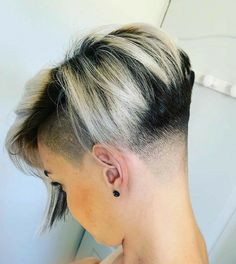 Shaved Pixie, Shaved Nape, Shaved Sides, Crop Haircut, Pixie Haircut, Girl Haircuts, Girl Hairstyles, Half Shaved Head Hairstyle, Short Hair Cuts