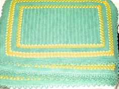 Vintage jadeite and yellow crochet place by sweetalicelovesyou
