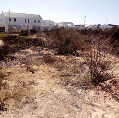 Well situated vacant land in upmarket Sunset Security Estate in Langebaan in the Westcoast.Close to Club Mykonos Casino and Resort, private schools , petrol station ,shopping mall and the beach