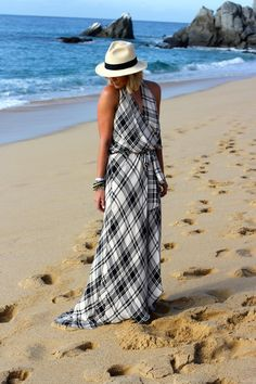 What Courtney Wore What Courtney Wore, Courtney Kerr, Her Style, Cool Style, Maxi Outfits, Tartan Dress, Spring Summer Fashion, Winter Fashion, Summer Looks