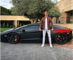 Ronaldo presume de coche... y se lía parda