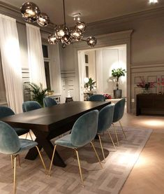 Dining room, glam dining room, dining room design - home accessories - wohnung - Esszimmer Living Room Carpet, Rugs In Living Room, Home And Living, Living Room Decor, Small Living, Modern Living, Luxury Living, Minimalist Living, Modern Dining Rooms
