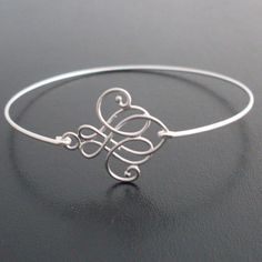 Oooo!  Pretty!  I'm not a bracelet person but this is possibly too good to pass up. $15