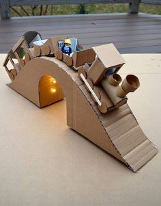 cardboard train To share ideas and other fun creations of the Little One, . - cardboard train To share ideas and other fun creations of the little one, let& - Cardboard Train, Cardboard City, Cardboard Crafts, Paper Crafts, Cardboard Playhouse, Cardboard Furniture, Projects For Kids, Diy For Kids, Diy And Crafts