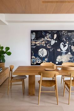 Contemporary Dining Room With Wooden Table And Chairs : Maintain Your Dining Tables