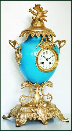 FABULOUS FRENCH CLOCK 19 CENTURY IN PORCELAIN WITH GILT BRONZE ORNAMENT ref. 153 ebay  Sección: PORCELANA