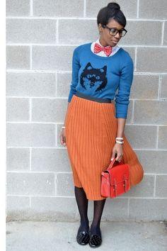 С чем носить плиссированную юбку оранжевую