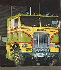 710 Freightliner N Frightcabovers Ideas Freightliner Freightliner Trucks Big Trucks