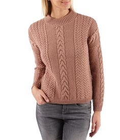 Women's high-collar cable-knit jumper