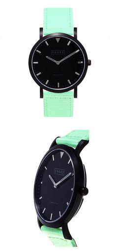 Lovely mint strap watch.