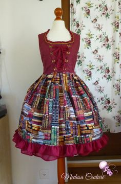 Calliope - Classic Lolita jumperskirt with book print