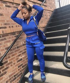 Shoe game on psychotic bitch, yes I am iconic bitch🗣 every baller out tryna find this bitch 👀 Dope Fall Outfits, Trendy Outfits, Summer Outfits, Fashion Outfits, Winter Outfits, Club Outfits For Women, Swag Outfits For Girls, Chill Outfits, Ensemble Nike