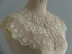 Beautiful antique/vintage Maltese lace collar