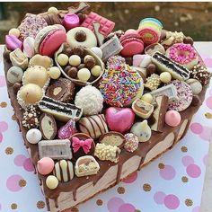 Nutella, Buffet, Number Cakes, Sweets Cake, Valentine Cookies, Sweet 16, Sugar Cookies, Gingerbread Cookies, Cake Recipes