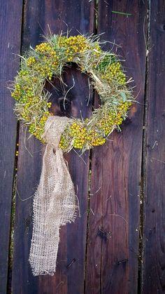 Wreaths, Halloween, Home Decor, Ideas, Door Wreaths, Deco Mesh Wreaths, Interior Design, Halloween Stuff, Home Interior Design