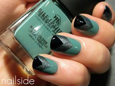 this makes me wish i painted my nails...chevrons