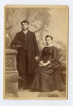 Cabinet Card Vintage Photo Young Couple Husband