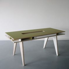 ARRé Design Insekt Desk
