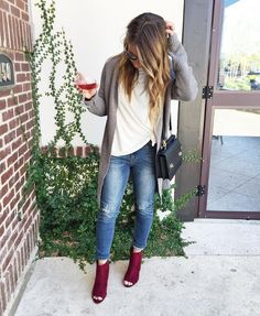 Style + Travel Blogger based in Dallas Happy Hour Connoisseur