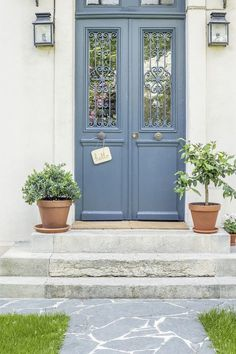 New French Exterior Door Shutter Colors 26 Ideas Gray Front Door Colors, Exterior Door Colors, Grey Front Doors, Painted Front Doors, Exterior Doors, Renovation Facade, French Door Coverings, Architecture Parisienne, Shutter Colors