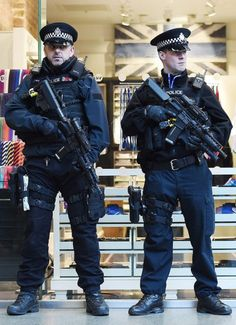 These Handsome Armed Police are Heroic and I feel safe when I see these marvellous brave men when they are Mad man round that want to attack us. Police Tv Shows, Airsoft, Pregnant Man, Uk Arms, Police Uniforms, Police Officer Uniform, Hot Cops, Police Life, Military Police