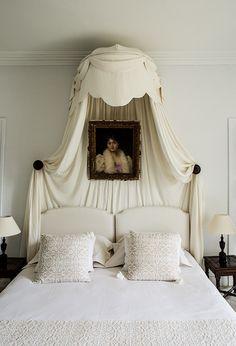 Grand appartement familial pour 2 adultes et deux enfants. Deux chambres : - une Chambre double qui communique avec - une chambre avec 2 lits superposés à