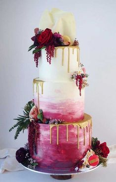 traditional wedding cakes 100 Pretty Wedding Cakes To Inspire You For An Unforgettable Wedding - watercolor wedding cake ,ombre wedding cake Elegant Birthday Cakes, Pretty Wedding Cakes, Floral Wedding Cakes, Amazing Wedding Cakes, Wedding Cake Rustic, Wedding Cakes With Cupcakes, Elegant Wedding Cakes, Wedding Cake Designs, Wedding Cake Toppers