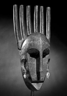 "comb mask n'tomo Bambara, Mali - Schoffel Fabry - Exhibition: ""Beyond the Mask"""