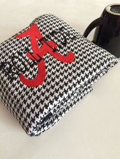 Check out Alabama Dish Drain Mat /Thick Cotton /Roll Tide Houndstooth / Kitchen Tailgating Picnic Pad /Handmade / Hostess Wedding Shower on makingsomethinghappy Dish Drying Mat, Kitchen Mats, Dorm Ideas, Camper Ideas, Alabama Crimson Tide, Roll Tide, Felicia, Tailgating, Houndstooth