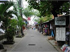 Bottom end prices for Bali guesthouses on Poppies Lane I, Poppies Lane II, and Jl. Benesari are around 40,000 rupiah (around US$4). Gang Ronta (lanes in Bali are called gangs), the narrow gang that connects Poppies I & II has a selection of budget places, most of which are clean, simple with fan and coldwater shower, and are perfectly okay for most of the year.
