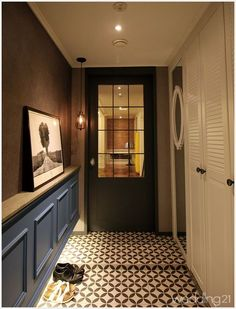 Pin on 현관 Apartment Entrance, Entrance Foyer, House Entrance, Foyer Design, Lobby Design, House Design, Porch Interior, Apartment Interior, Interior Styling