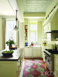 From: ELLE DECOR Photographer: Pieter Estersohn Designer: Sheila Bridges Featured in: A Victorian Townhouse Gets a Radiant Update Issue: June 2011 Kitchen Rug, New Kitchen, Kitchen Decor, Kitchen Cabinets, Cozy Kitchen, Narrow Kitchen, White Cabinets, Cream Cabinets, Skinny Kitchen