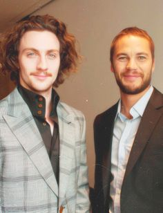 """Aaron Johnson and Taylor Kitsch...watch """"savages"""" and fall in love Le sigh ❤"""
