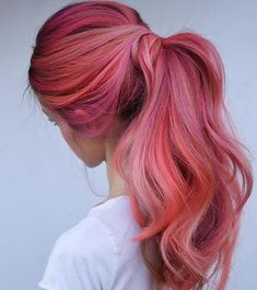 Flamingo Hair: New hair color for summer – GLAMOR – Hair Ideas Pink Hair Dye, Hair Color Purple, Hair Dye Colors, Cool Hair Color, Pink Dye, Bright Pink Hair, Long Pink Hair, Pastel Pink, Lilac Hair