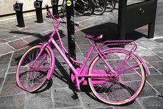 la bicyclette rose by ixos, via Flickr