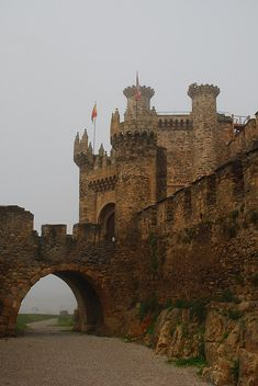 Templar Castle of Ponferrada Spain. Built in the 12 the century. In 1178 Ferdinand ll of Leon donated the city and fortress to the Templar Order protecting the pilgrims on the Way of St.James. The castle hosted the Knights Templar Grand Master of Castille. They only used the fortress for inky 20 years before being disbanded and its properties confiscated in 1311 by Catholic Monarchs.