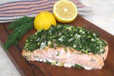 La versatilidad del salmón. Aquí, preparado al horno con hierbas. © Cortesía de Yomemimo.