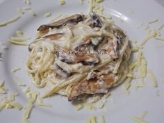 Espaguete ao Molho de Shiitake - Na Biroskinha