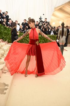 Ruby Rose at Met Gala 2018 in Tommy Hilfiger red dress.
