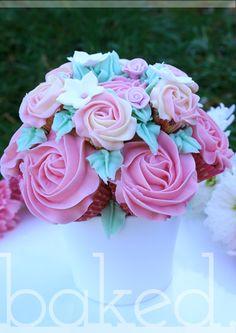 Cupcake bouquet (centrepieces?)