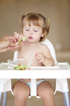 baby-eating-solids-starting-solids
