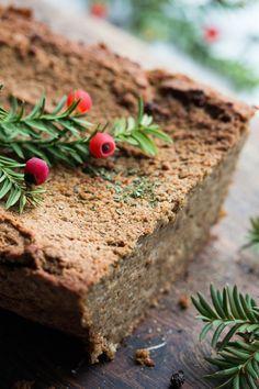 Pyszny wegański pasztet z kaszy gryczanej i fasoli – pełnowartościowy i odżywczy, a przede wszystkim smaczny i aromatyczny.