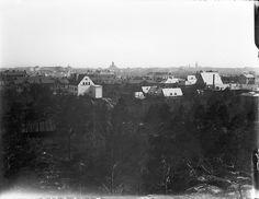 View over Helsinki from Alppila (Alphyddan) | by Svenska litteratursällskapet i Finland.  Kuva: Gustaf Sandberg n. 1900  Ur boken Helsingfors i ord och bild.