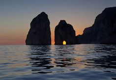 Enjoy the sunset from a private yatch in #Capri #TravelTuesday #DestinationWedding
