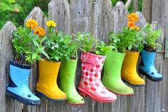 I like this idea, even just sitting on a patio. Inexpensive planter idea, thinking dollar store