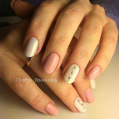 Сама себе мастер #manicure #nail#nails #nailart #маникюр#ногти#ногтиспб#ногтипросвещения #гельлак#гельлакдизайн #стразикинаногтях by svetaivanova84
