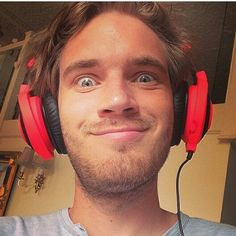 Pink headphones are hot pewds
